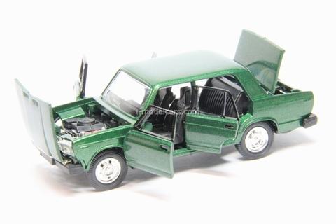 VAZ-2107 Lada green metallic Agat Mossar Tantal 1:43