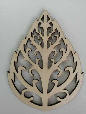 Трафарет для листьев резной, деревянный. Размер 3х170х230мм