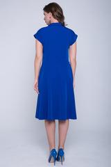 <p>Отличное платье для романтической дамы! Отложной воротничок. Юбка клёш, с имитацией пояса. Спущенное плечо с манжетом.</p>