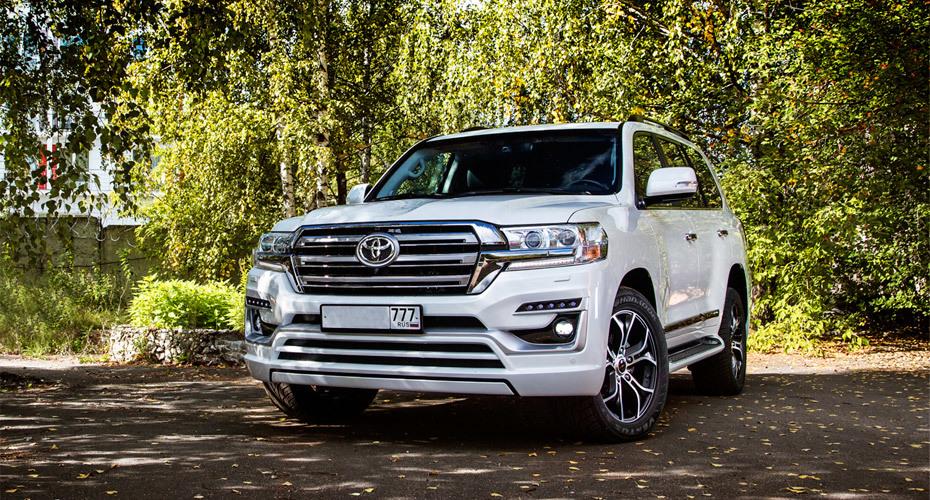 Обвес Double Eight для Toyota Land Cruiser 200 2016+ Копия