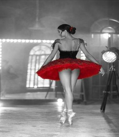 Алмазная Мозаика 20x30 Балерина в красной пачке