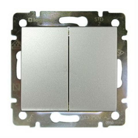 Выключатель двухклавишный проходной. Переключатель на два направления двухклавишный - 10 AX - 250 В~. Цвет Алюминий. Legrand Valena Classic (Легранд Валена Классик). 770108