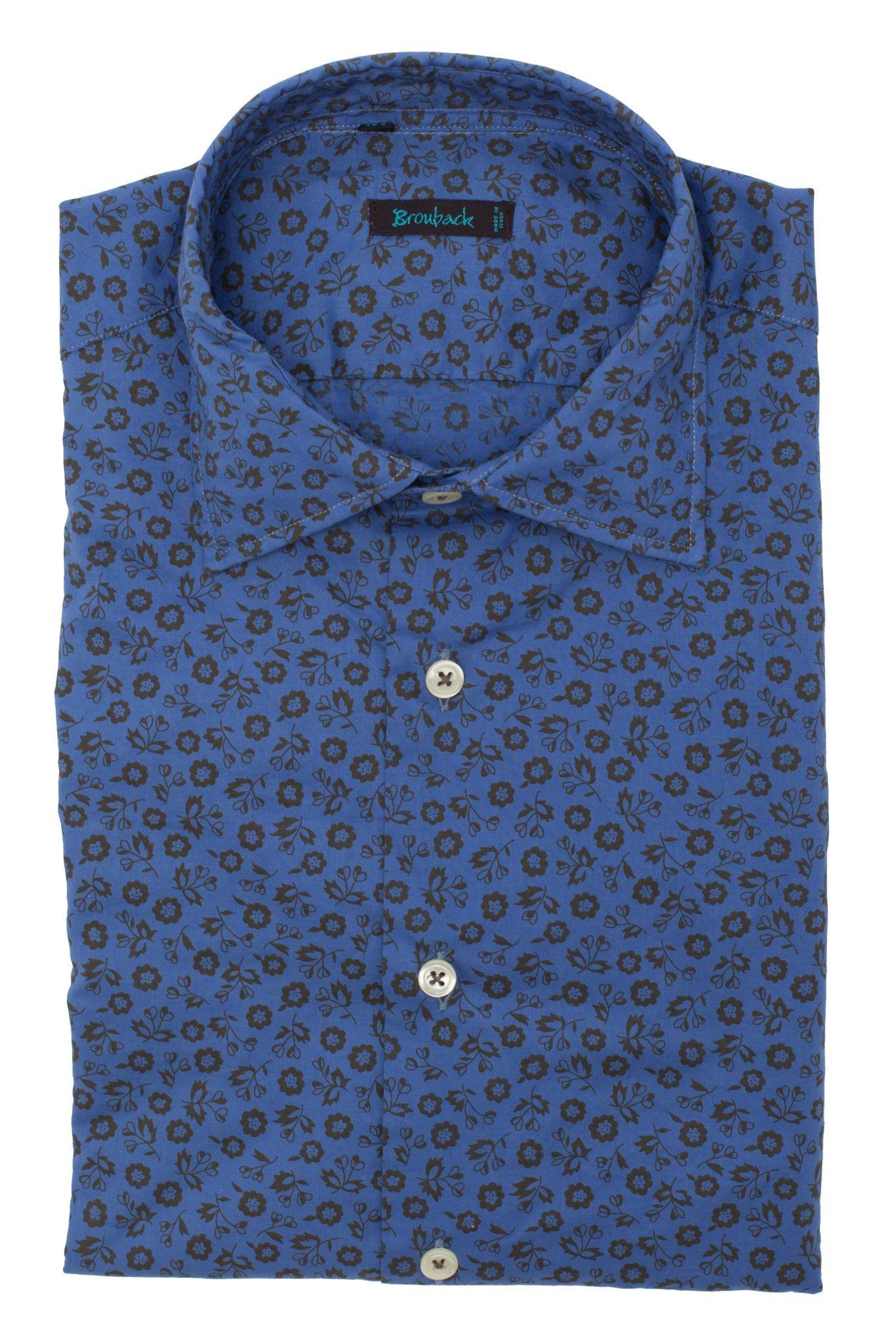 Синяя рубашка с чёрным цветочным узором