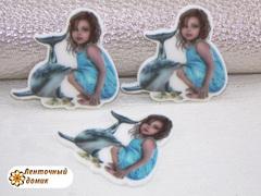 Пластиковая серединка Девочка и дельфин
