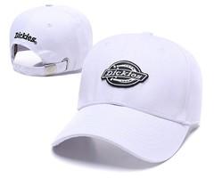 Кепка Dickies (Бейсболка) белая с черным логотипом
