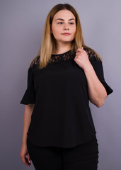 Камелия. Комбинированая блуза больших размеров. Черный.