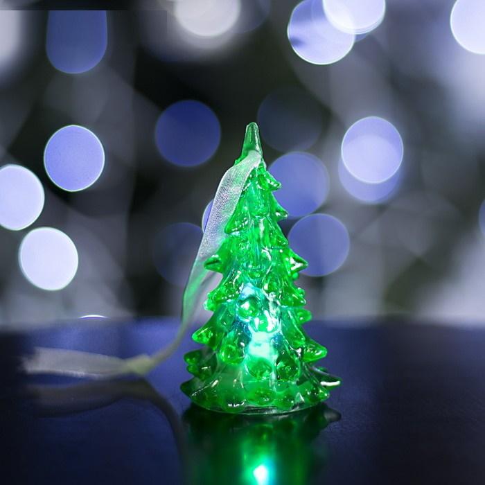 Маленькая Игрушка-подвеска светящаяся Ёлочка зелёная фото