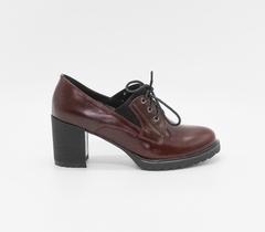 Бордовые кожаные ботильоны на шнуровке