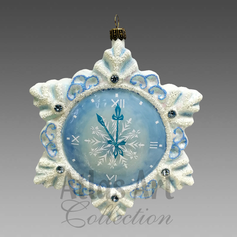 Часы снежинка
