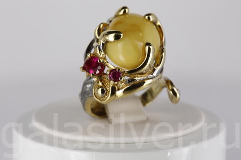 Кольцо с янтарем и фианитом из серебра 925