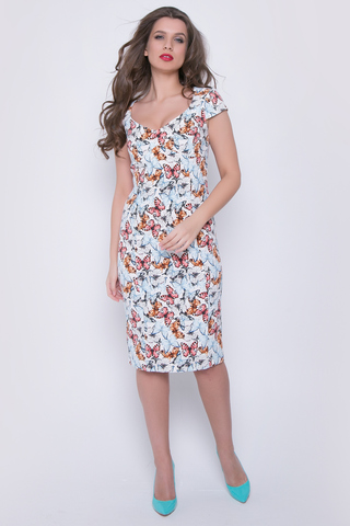"""<p>Соблазнительное платье с эффектным принтом """"бабочки"""" сделает Вас неотразимой и каждый раз напомнит всем вокруг, на что способны сила женской красоты и сексуальности. По спинке - замок.</p>"""