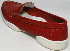 Классические мокасины женские кожаные туфли без каблука Evromoda 042.5710 WRed.