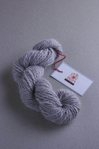 Пряжа ручной работы из 100 % ангоры, цвет серый