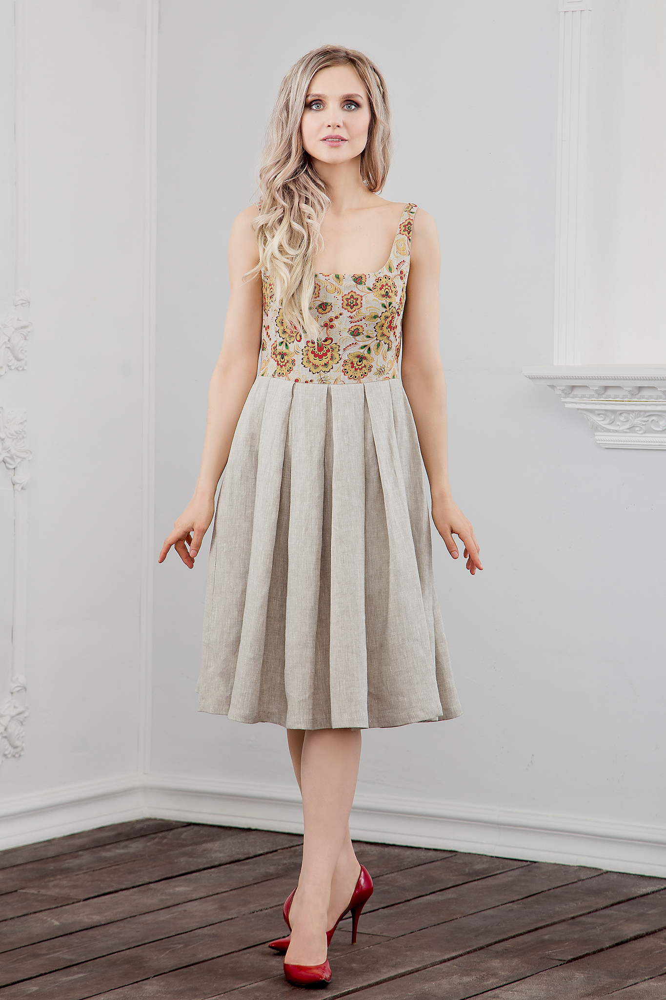 Платье Иванка c хохломой из небелёного льна