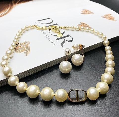 Бусы и серьги Dior
