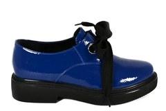 Синие ботинки с массивной подошвой на шнуровке