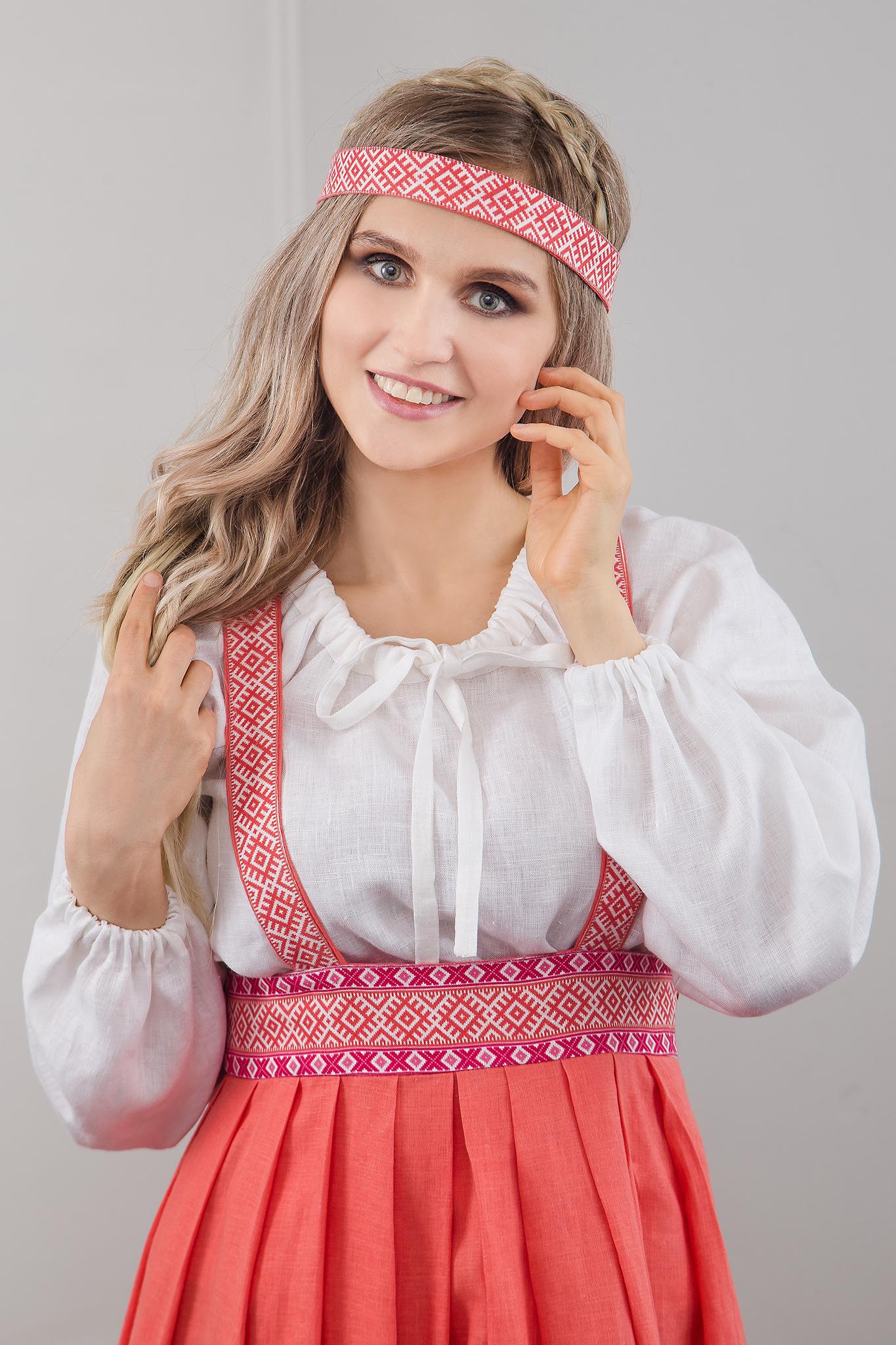 Блуза белая на завязках с сарафаном Орепей