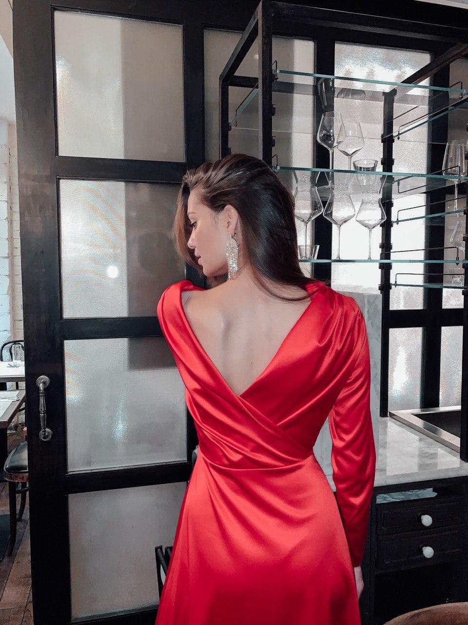 Платье с запахом на спине (красный)