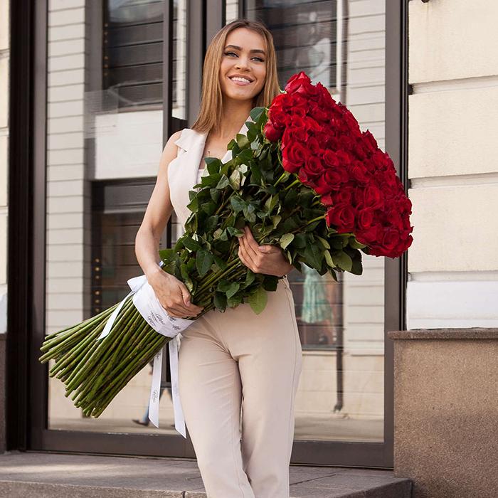 Купить высокие красные розы в Перми