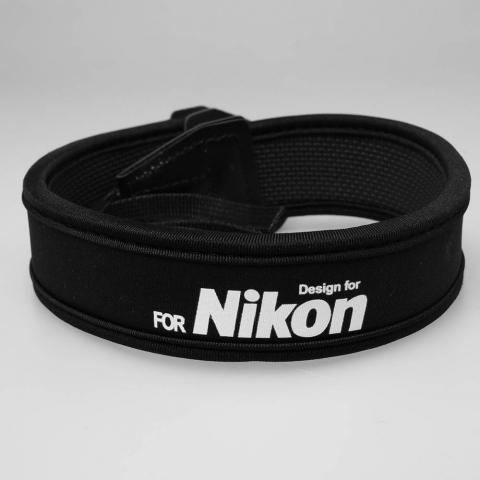 Ремень черный Nikon Fotokvant STR-23