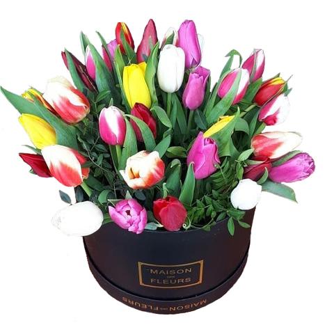 Коробка с тюльпанами 8