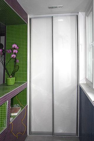 Шкаф на балкон, ширина 90 см