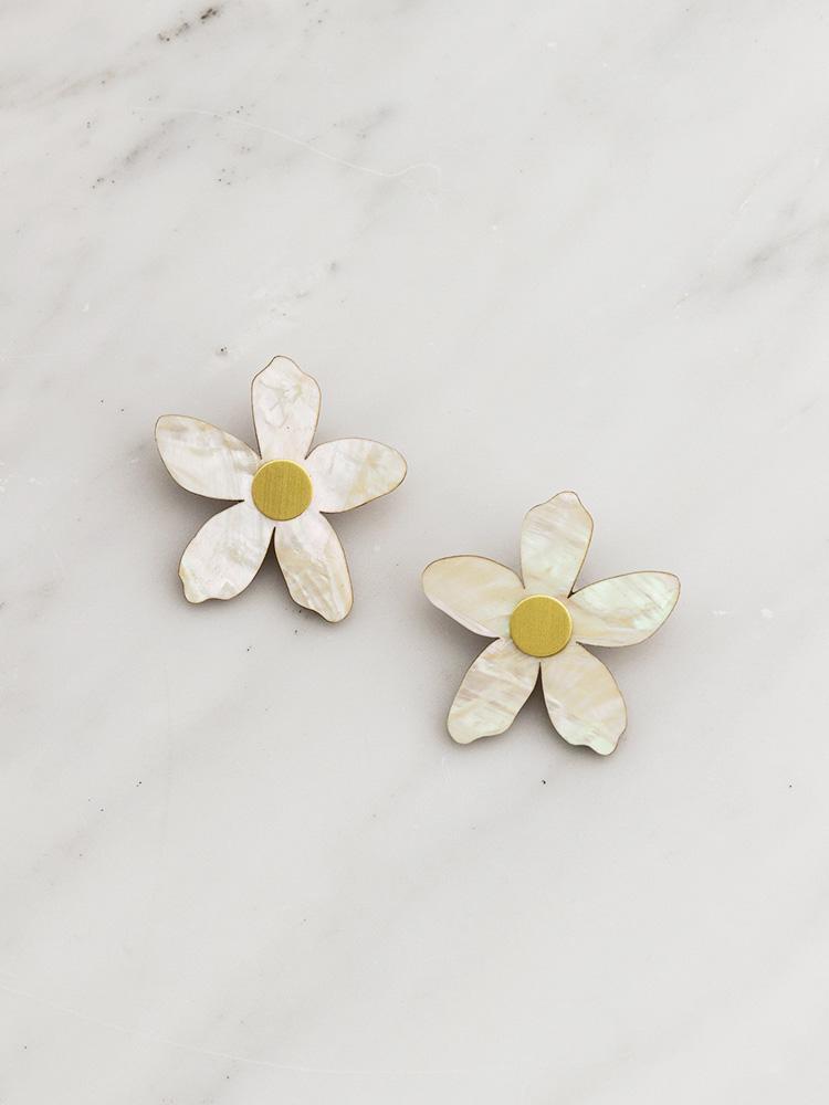 orange-blossom-earrings-750_1050x.jpg