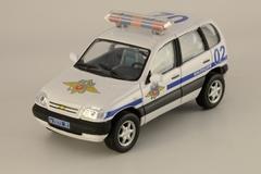 VAZ-2123 Chevrolet-Niva Police and Ambulance Cararama set 1:43