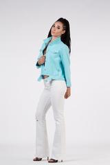 джинсовая куртка с нашивкой на спине недорого