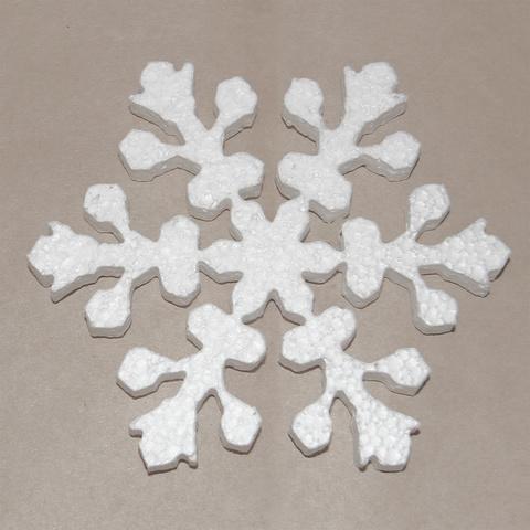 Снежинка из пенопласта