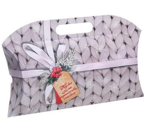 060-9960 Коробка подарочная «Пусть зима приносит счастье», 21,5 х 13,5 х 5 см