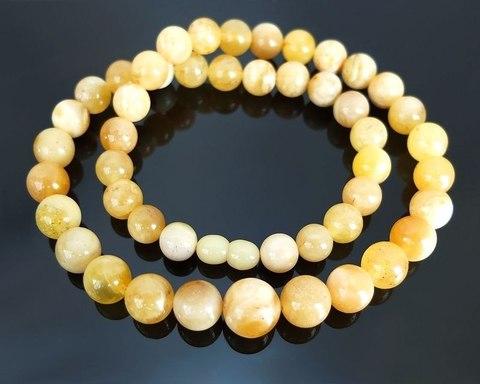 уникальные бусы из натурального янтаря шар