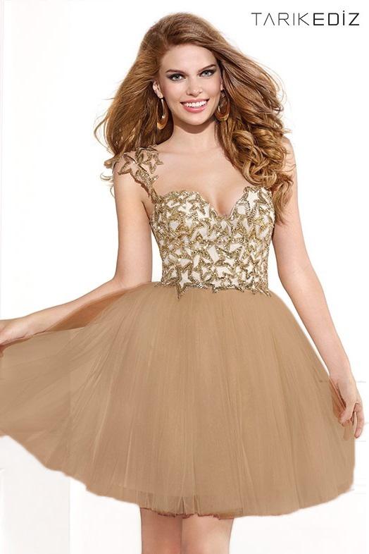 короткое пышное платье Tarik Ediz 90365 с расшитым пайетками лифом, красивой юбкой и открытой спиной