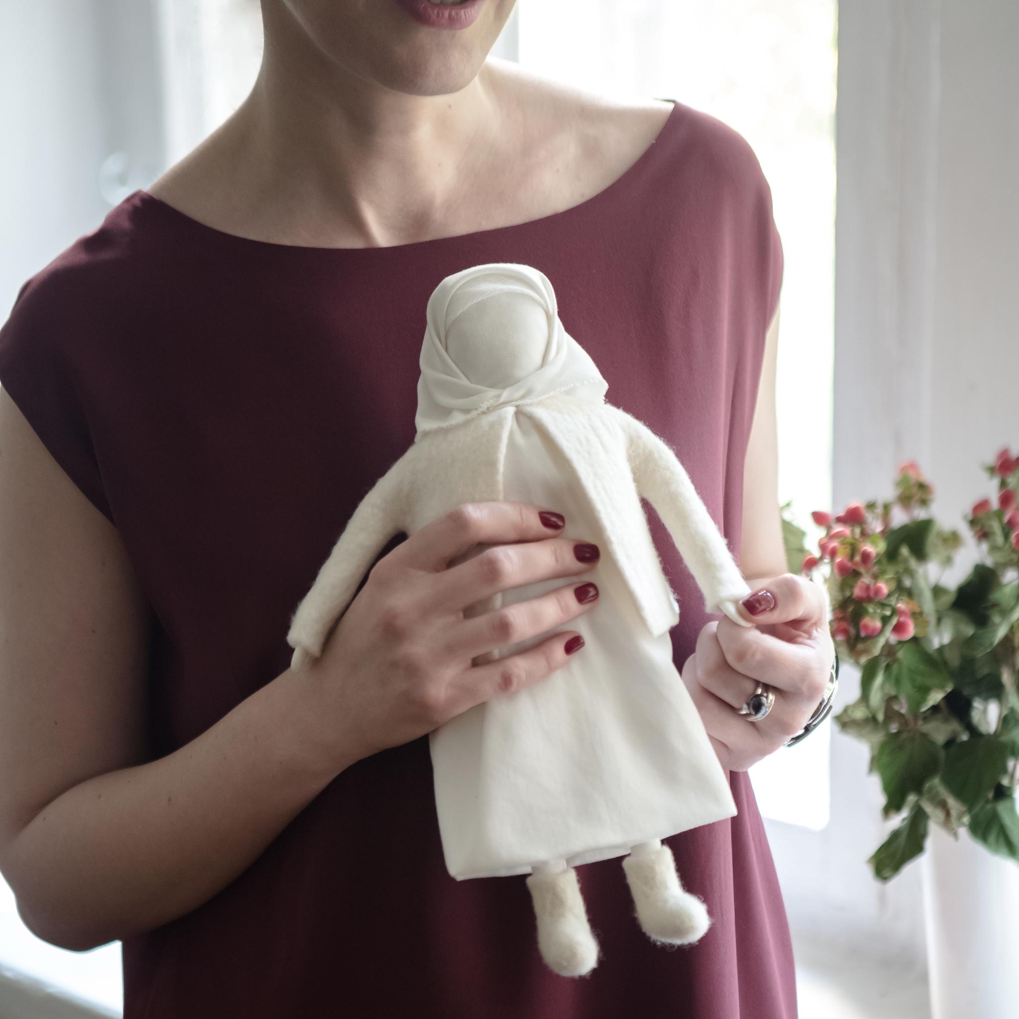 Кукла в русском стиле