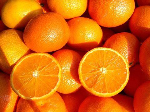 Апельсин свежий