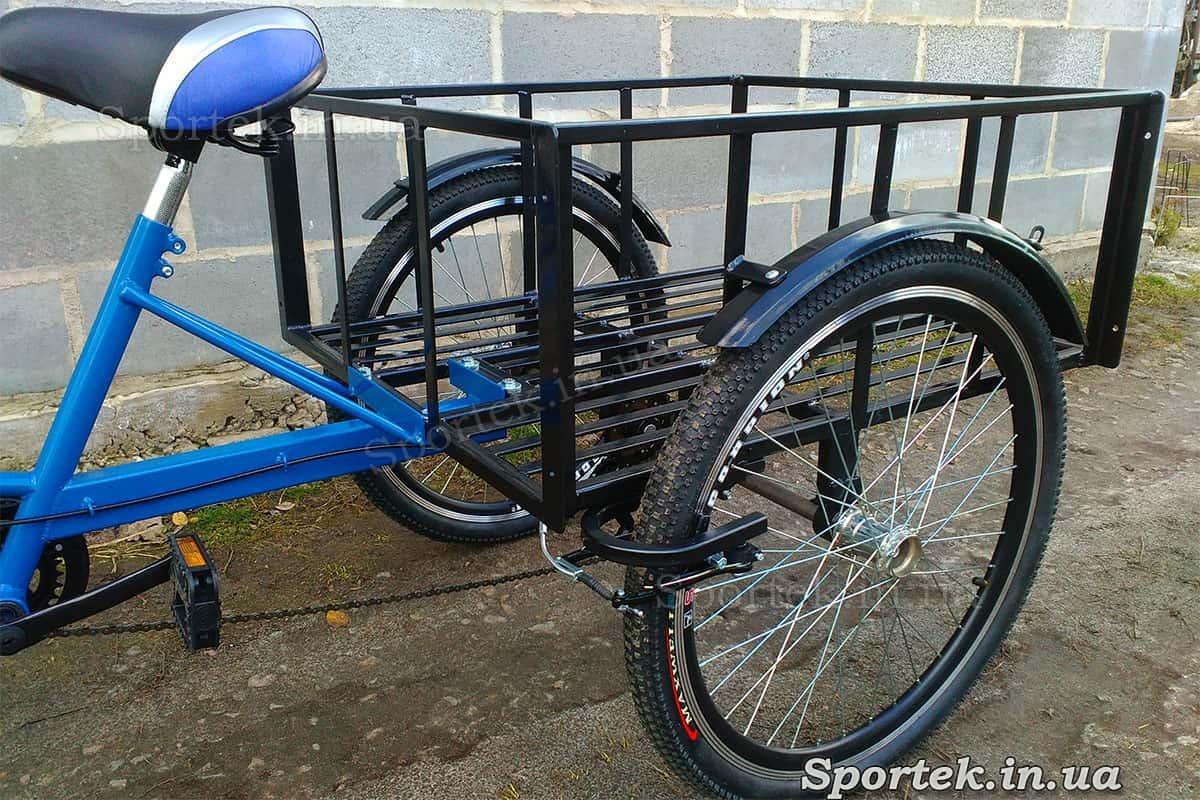 Сідло і вантажна платформа триколісного вантажного велосипеда 'Греція'