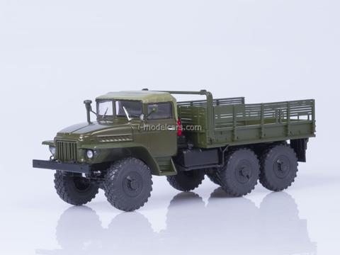 Ural-375 tarp covered cabin board khaki 1:43 AutoHistory