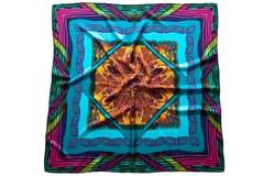 Итальянский платок из шелка цветной квадраты 5801