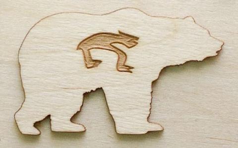 Магнит на холодильник из дерева Медведь