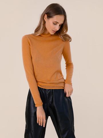 Женский свитер песочного цвета из 100% шерсти - фото 2