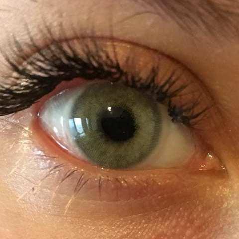Серо зеленые на серых глазах