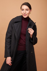 Пальто многослойное укороченное