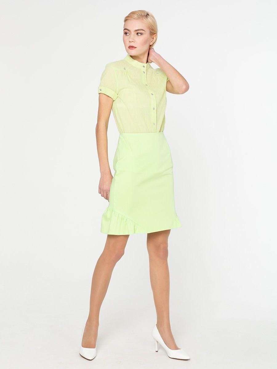 Блуза Г538-182 - Хлопковая рубашка прямого кроя с короткими рукавами и аккуратным воротничком стойкой. Натуральная хлопковая ткань позволяет коже дышать, приятна для тела и комфортна в ношении. Прямой крой стройнит силуэт и подходит для любой фигуры. Элегантная рубашка из хлопка прекрасно подойдет для деловых и повседневных комплектов. Ее можно носить с юбкой-карандашом или брюками со стрелками. В стиле casual рубашку можно надевать с джинсами, чиносами, узкими юбками или шортами
