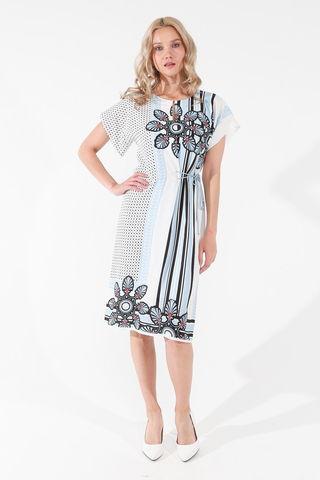 Фото свободное белое платье с контрастным принтом и шнурком на талии - Платье З439-542 (1)