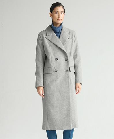Шерстяное серое пальто прямого кроя