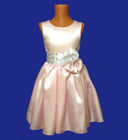 Платье с жемчугом и стразами