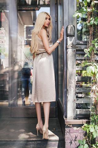 Платье-комбинация, миди, бронзового цвета 1