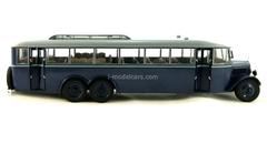 YaA-2 Giant 1932 Ultra Models 1:43