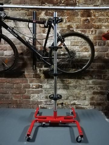 Стойка для колес