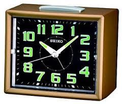 Настольные часы-будильник Seiko QHK024GN